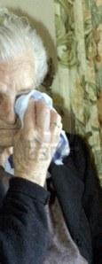 anciano-llorando
